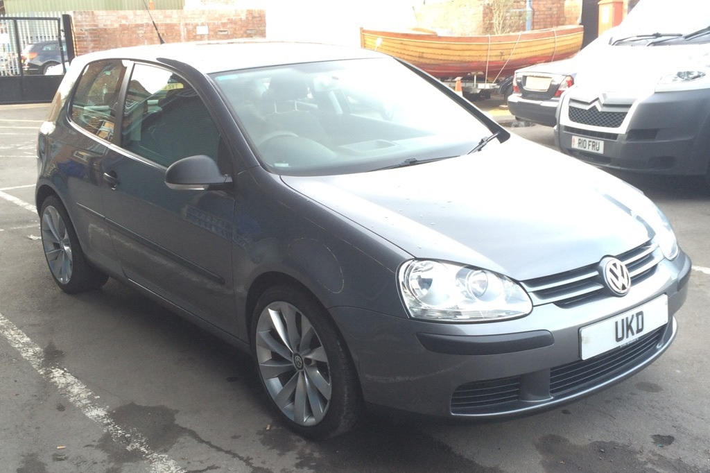 VW GOLF MK5 1.6 FSI 5DR GREY 2006
