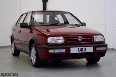 VW VENTO 1.9 DIESEL RED 4DR SALOON 1994